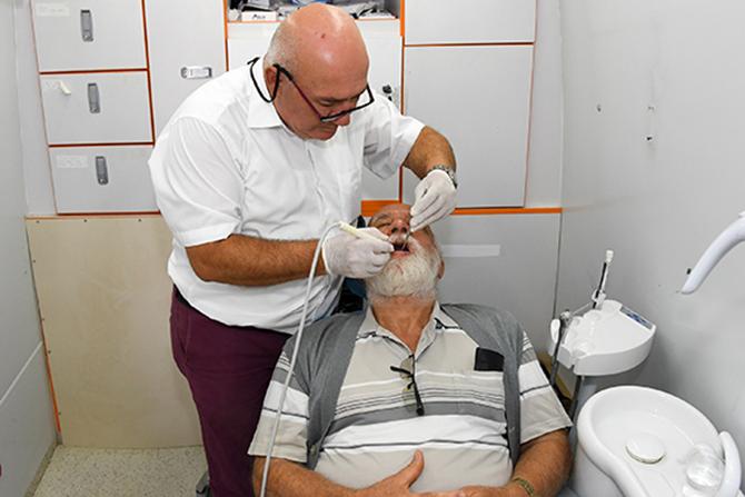 Büyükşehir, Tarsus'ta Sağlık Hizmetlerine Devam Ediyor