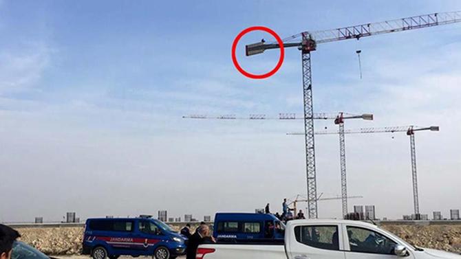 Çukurova Havaalanı İnşaatında 2 İşçi İntihar Etmek İstedi