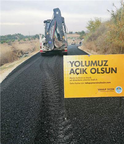 Büyükşehir Ekipleri, Tarsus'ta Asfaltlama Çalışmalarına Aralıksız Devam Ediyor