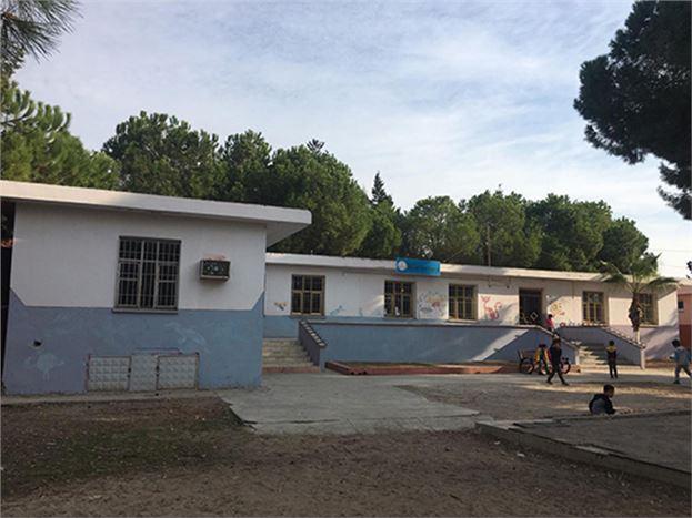 Büyükşehir Belediyesi'nden Kulak Ortaokulu'nda Boyama Çalışması Yapıldı