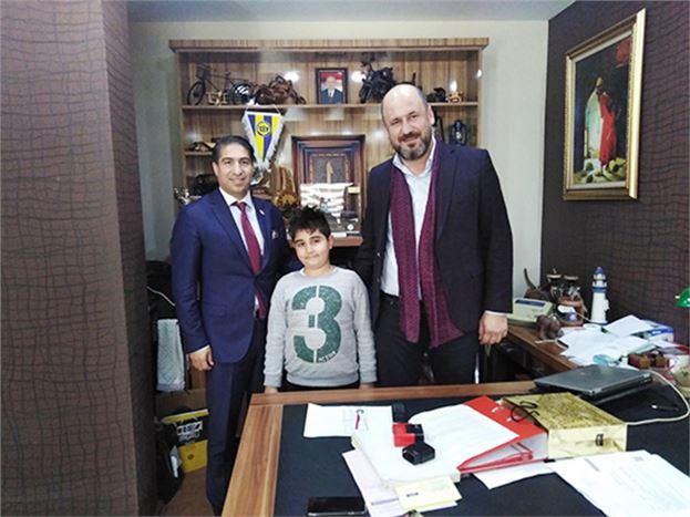 Gaziantep ve Köyleri Buluşturma Kültür ve Dayanışma Derneği Başkanı Yaşar Yapar, Gazetemizi Ziyaret Etti