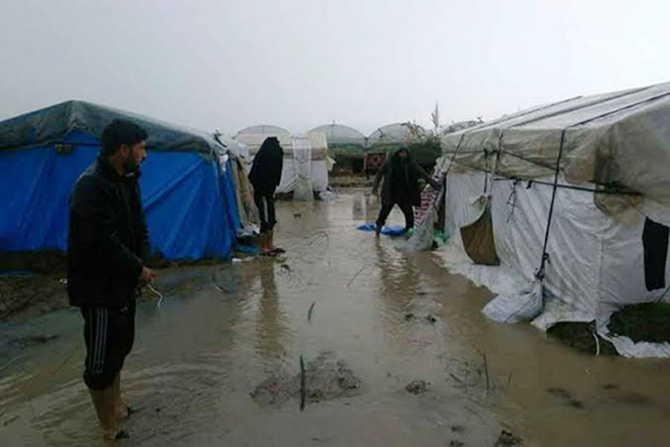 Mevsimlik İşçilerin Kaldığı Çadırlar Sular Altında Kaldı