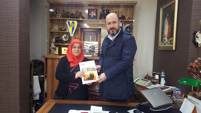Mersin Alzheimer Derneği Tarsus Grubu Basın Sözcüsü Emine Kuren, Gazetemizi Ziyaret Etti