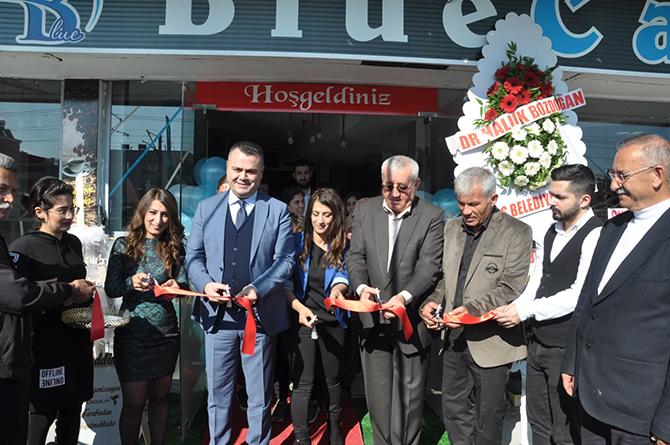 Farklı Konsepti İle 'Blue Cafe' Açıldı