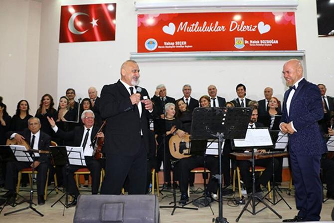 """Türk Sanat Musikisi Derneği, """"Tellerden Düşen Nağmeler"""" Konseri Düzenledi"""