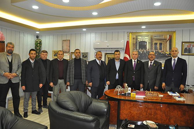 MHP Milletvekilleri Şimşek ve Kılavuz Tarsus Şoförler Odası'nı Ziyaret Etti