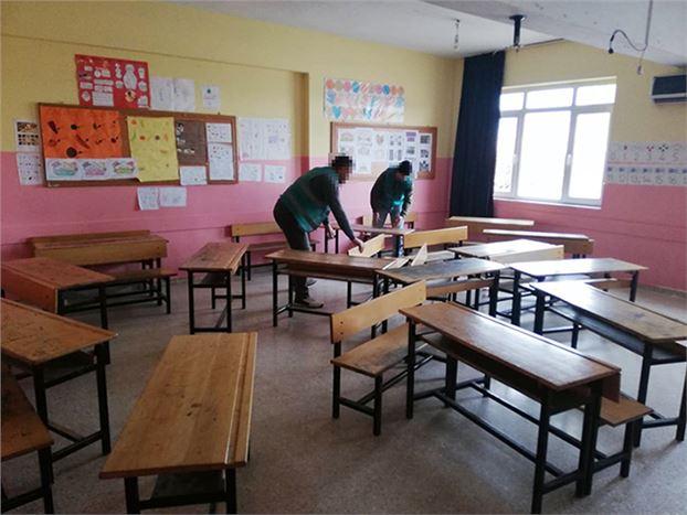 Yükümlüler, Okulların Temizliğini Yaptı