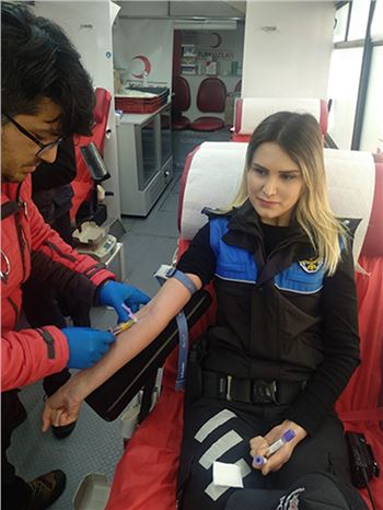 Tarsus Polisi Kök Hücre Bağışında Bulundu