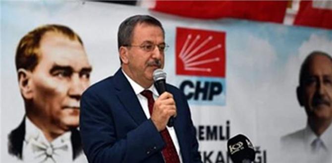 Adil Aktay, CHP Mersin İl Başkanlığına Yeniden Seçildi
