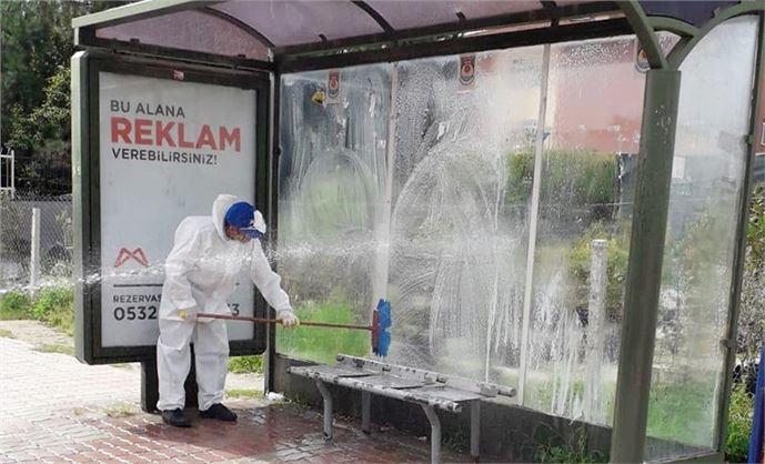Büyükşehir Tarsus'ta Caddeleri Dezenfekte Ediyor