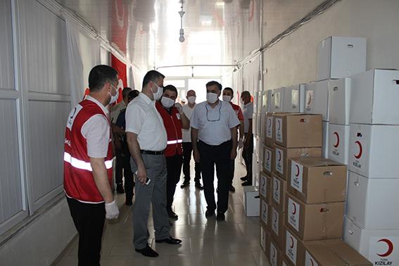 Kızılay, Tarsus'ta Bin Aileye Yardım Yaptı