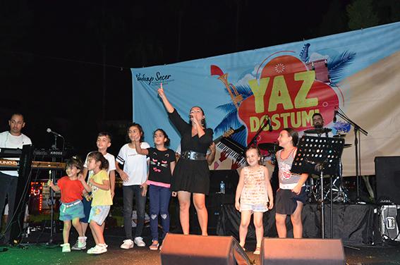 Tarsus'ta Bayram Boyunca Yaz Dostum Konseri Yapıldı