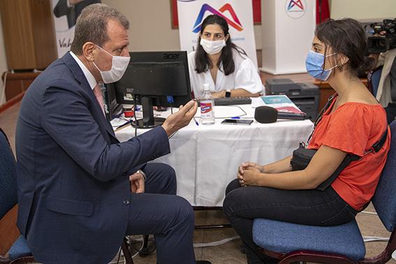 Başkan Seçer, Tercih Danışmanlığı Merkezini Ziyaret Etti