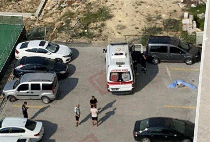 9'uncu Kattan Düşen Kadın Hayatını Kaybetti