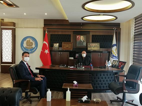 (SGK) Müdürü Süleyman Metin, Tarsus Ticaret  Borsası Başkanı Murat Kaya'yı Ziyaret Etti