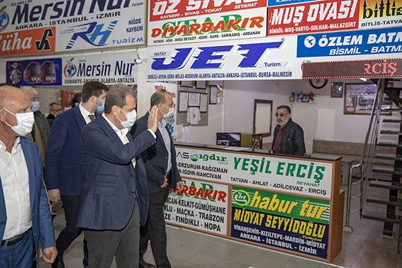 Başkan Seçer Tarsus'taki Esnafı Ziyaret Etti
