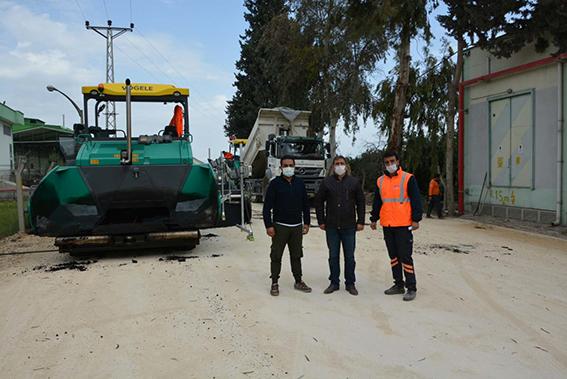 Tarsus'ta Yol Düzenleme ve Asfalt Çalışması Devam Ediyor