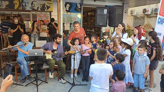 """Tarsus'ta CHP'den """"Dünya Kız Çocukları Günü""""Etkinliği"""