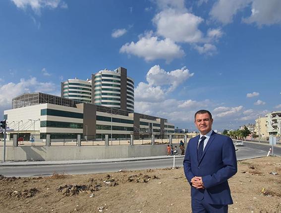 """Ozan Varal """"Tarsus Yeni Devlet Hastanesi, Hizmete Girmeden Birçok Tartışmanın Odağı Haline Geldi"""""""